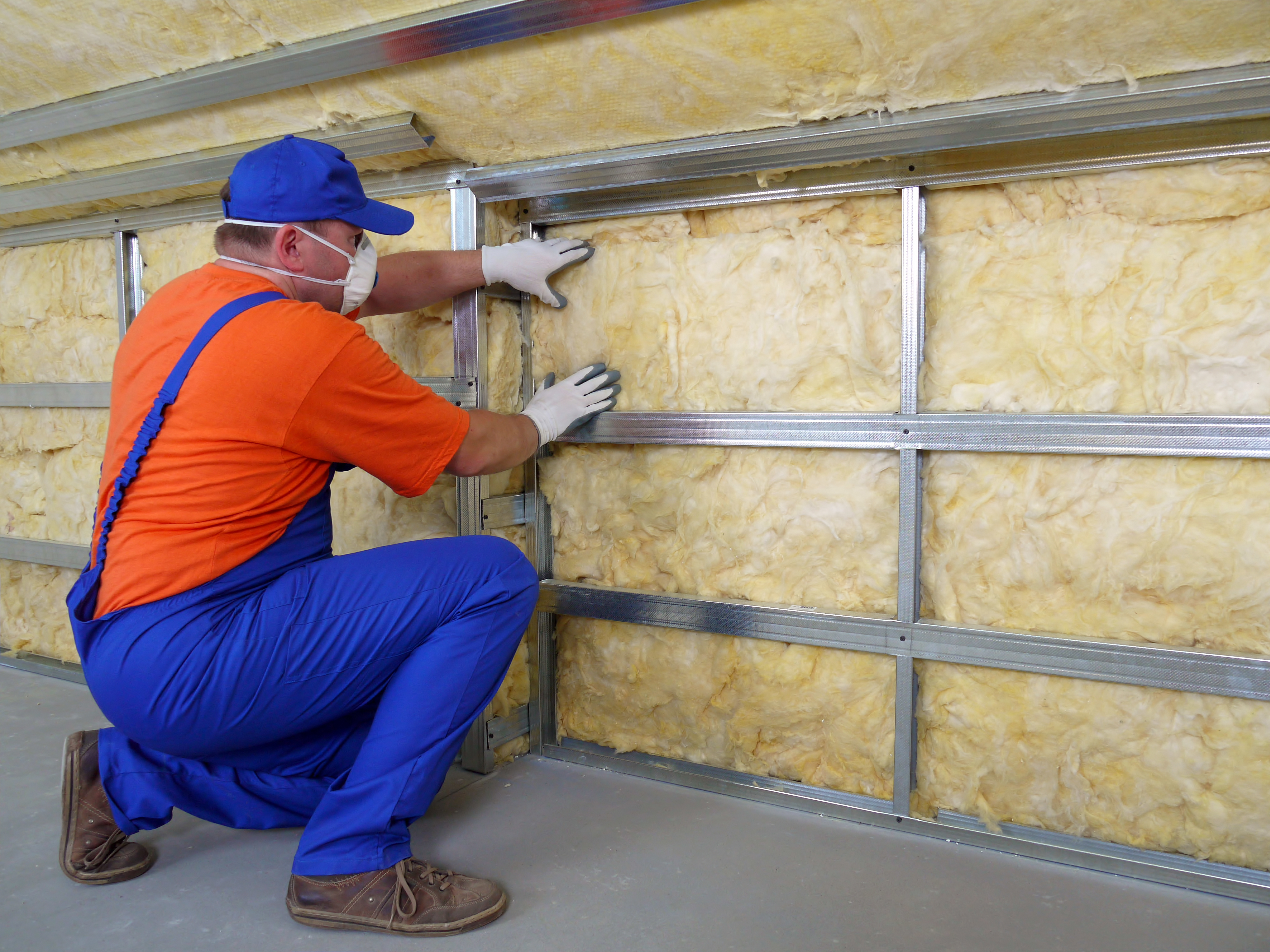 Cyclone Kleen Up of Leadville, CO installs home insulation.